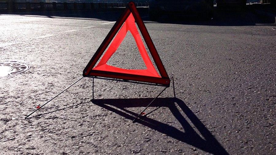 КрАЗ раздавил легковушку на Винниччине: появилось жуткое фото (18+)