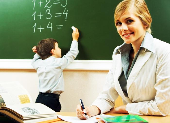 Кто в такое поверит?: Как изменится зарплата учителей и врачей с 1 января (Цифры)