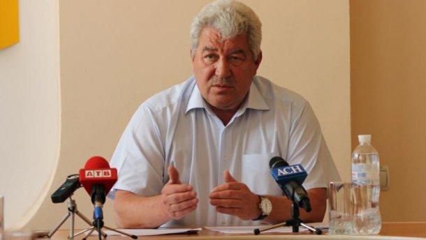 Мэр Бахмута в е-декларации указал баню, туалет и 11 единиц оружия