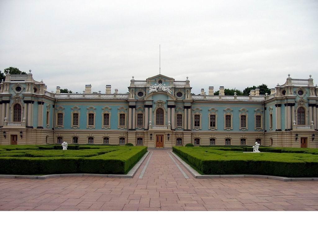 Кабмин подбросил 60 миллионов гривен на Мариинский дворец
