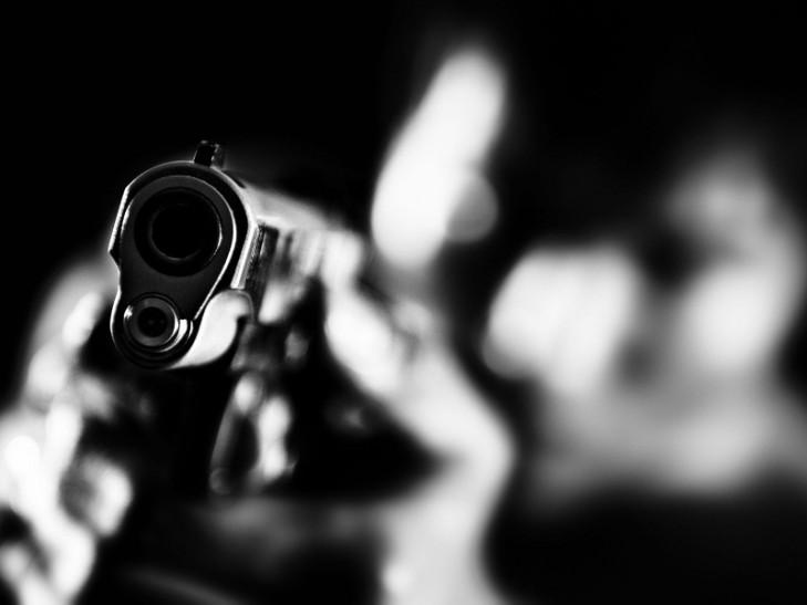 Это просто ужасно: работодатель не хотел платить рабочему и застрелил его