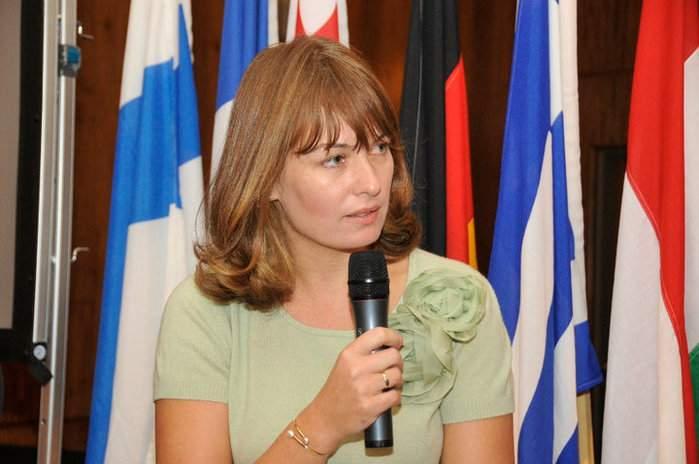 Жена Саакашвили не займет места в парламенте Грузии