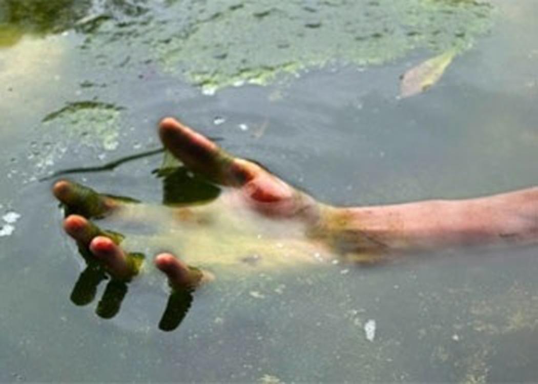 Горе в семье известного чиновника: тело внучки нашли в реке