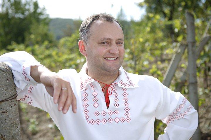 Журналист рассказал, почему Кремль очень хочет, чтобы Додон стал президентом Молдовы