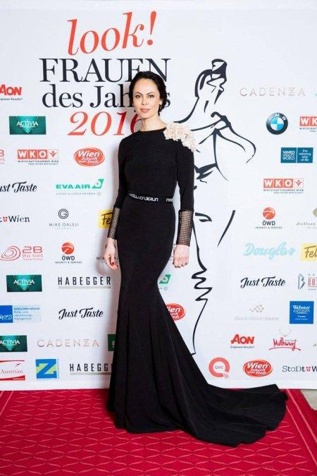 Жена Кличко покорила Австрию, став женщиной года (ФОТО)
