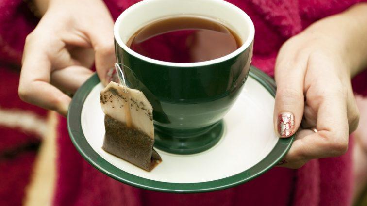 Никогда не пейте пакетированный чай! Это может привести к ужасной болезни