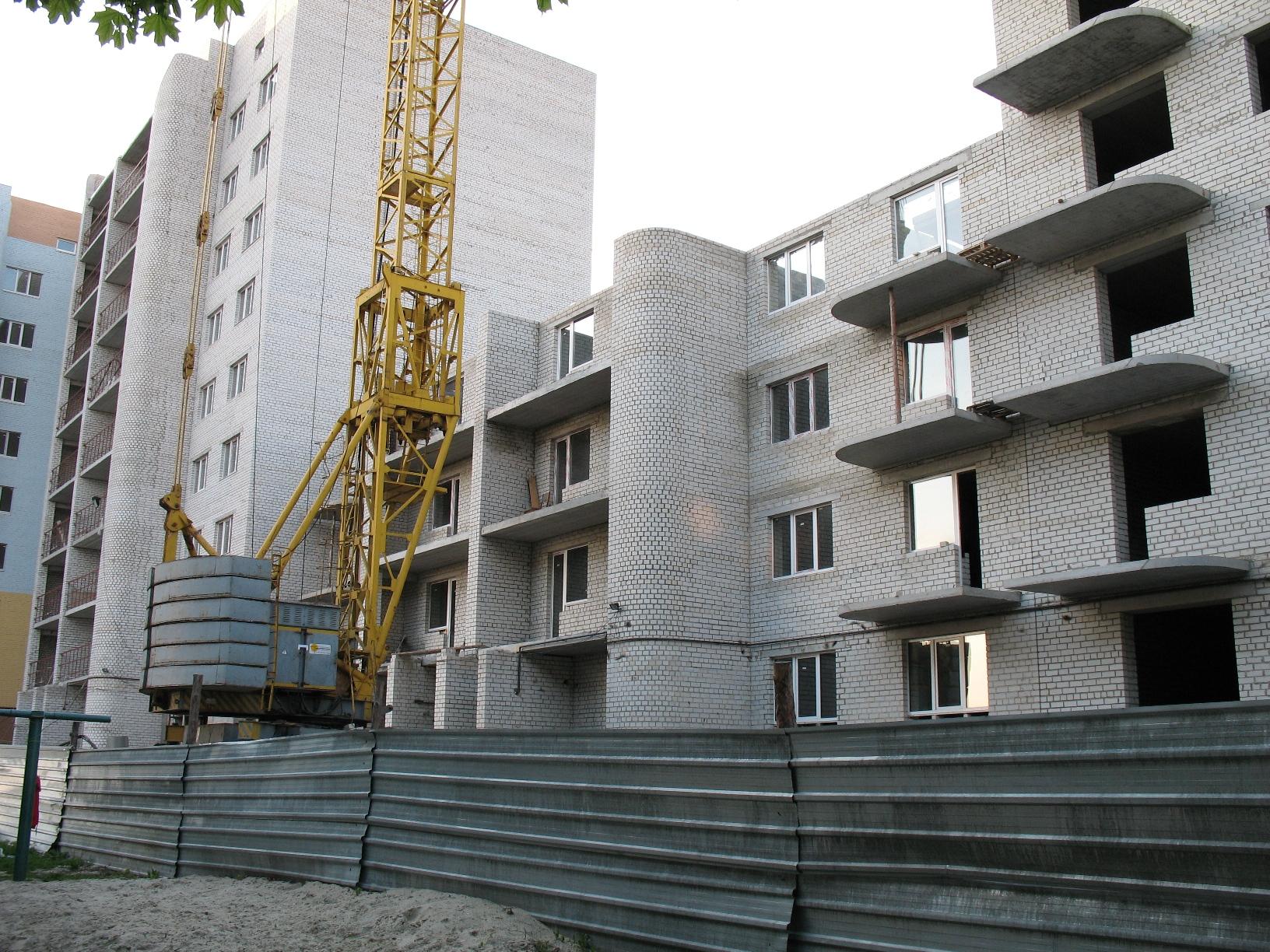 СБУ задержала участников миллионной аферы с жильем