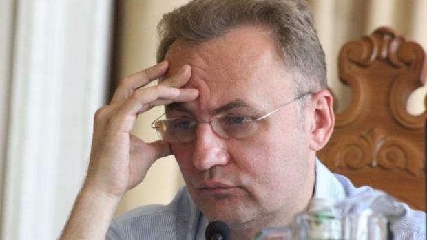 Скандал: Садовому досталось от львовских протестующих (ФОТО, ВИДЕО)