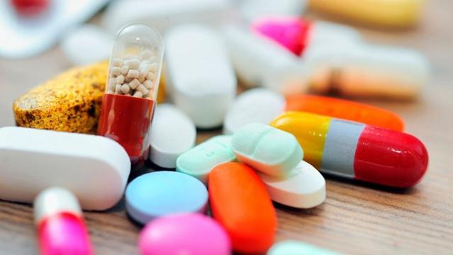 Срочно! Это надо знать всем: препараты, которые НИЧЕГО не лечат. На эти лекарства вы просто тратите деньги