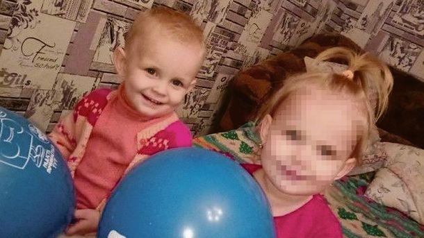Дочерей 20-летней матери, заморившей своего сына голодом в Киеве, отправили в патронатную семью