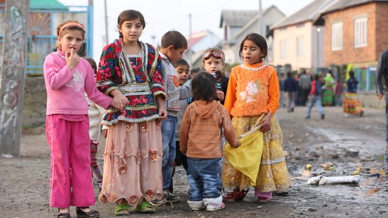 Что же произошло? Трагически погибли четверо цыганских детей!