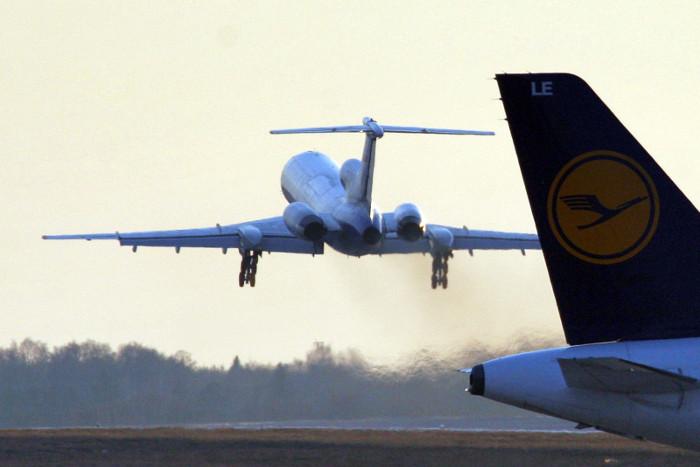 Спасатели пока не находят выживших на месте падения Ту-154 – СМИ