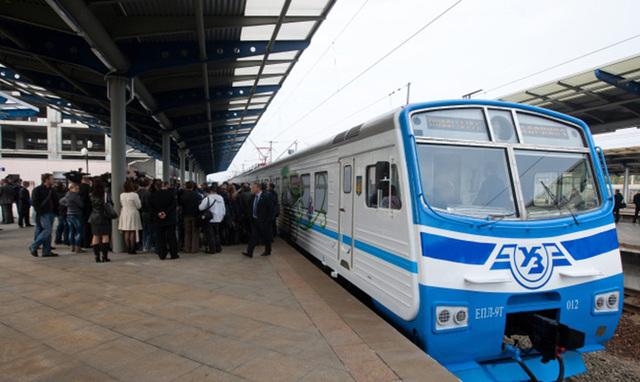 «Киевпастранс» переплатил десятки миллионов гривен за систему обслуживания электрички