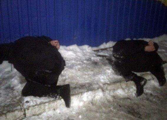 Правоохранители показали, как брали банду в Княжичах (фото)