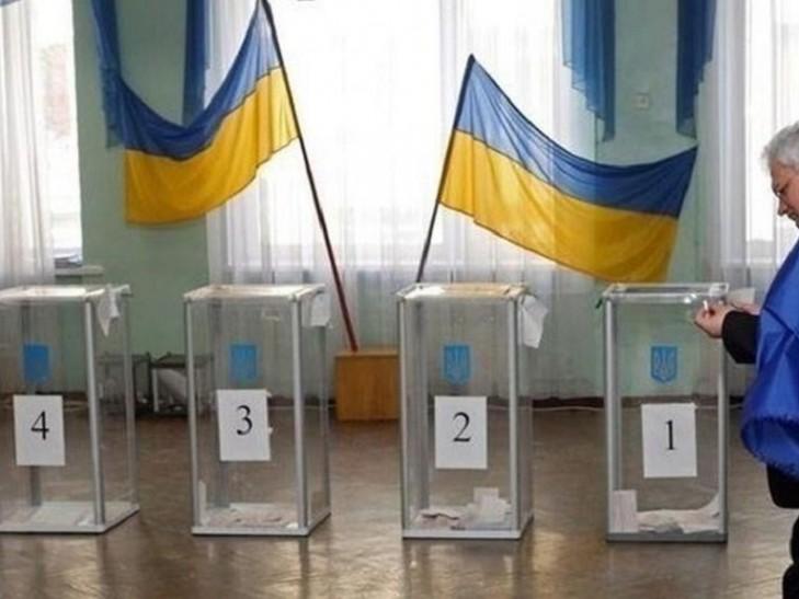 В Украине сегодня проходят выборы в объединенных территориальных общинах