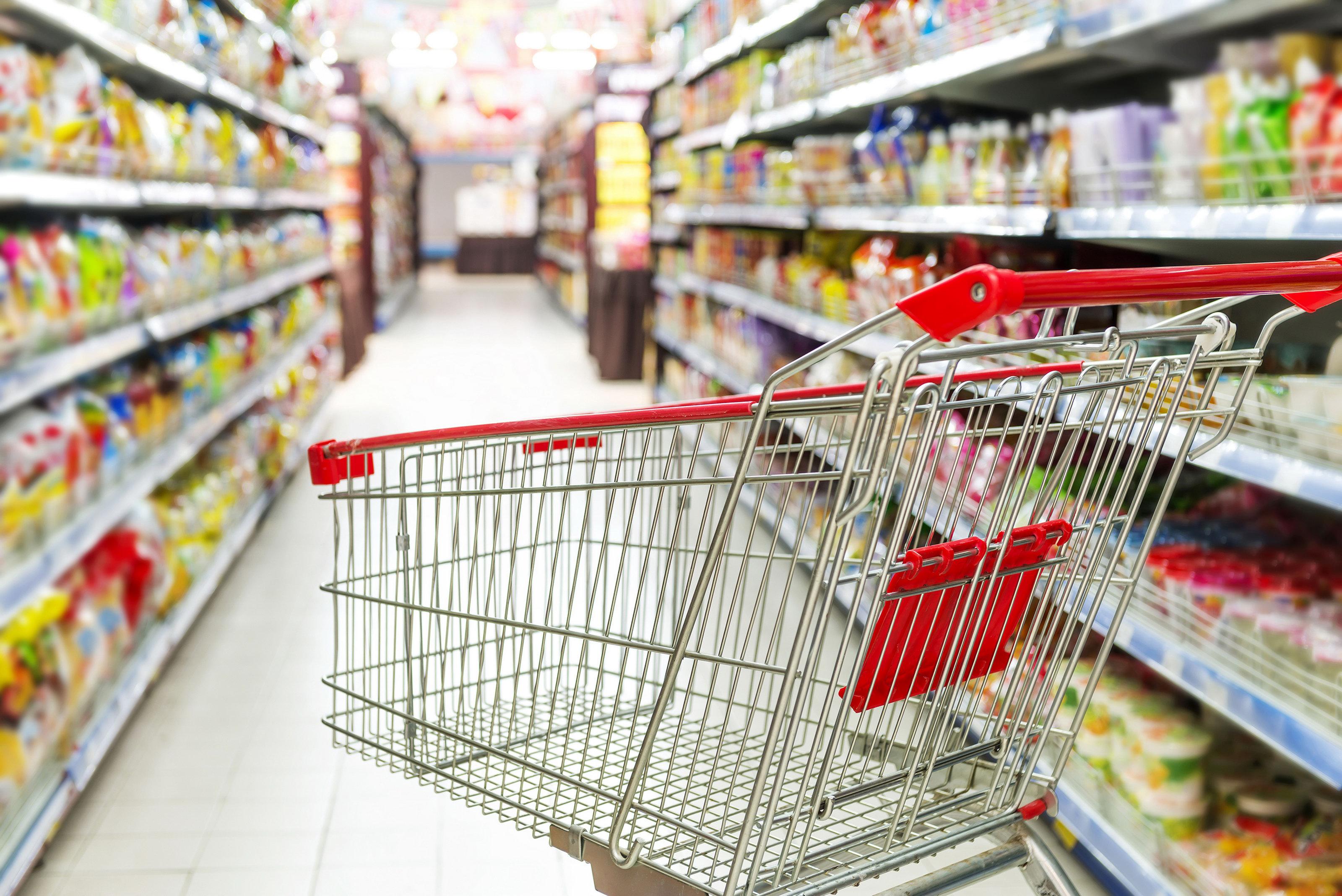 Вот так неуклюжие: в известной сети супермаркетов нанесли огромный ущерб на тысячи гривен (ФОТО)