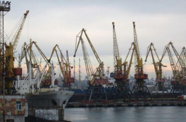 Янукович «отдыхает» по сравнению с Фаермаком: поборы нардепа в портах замучили бизнесменов