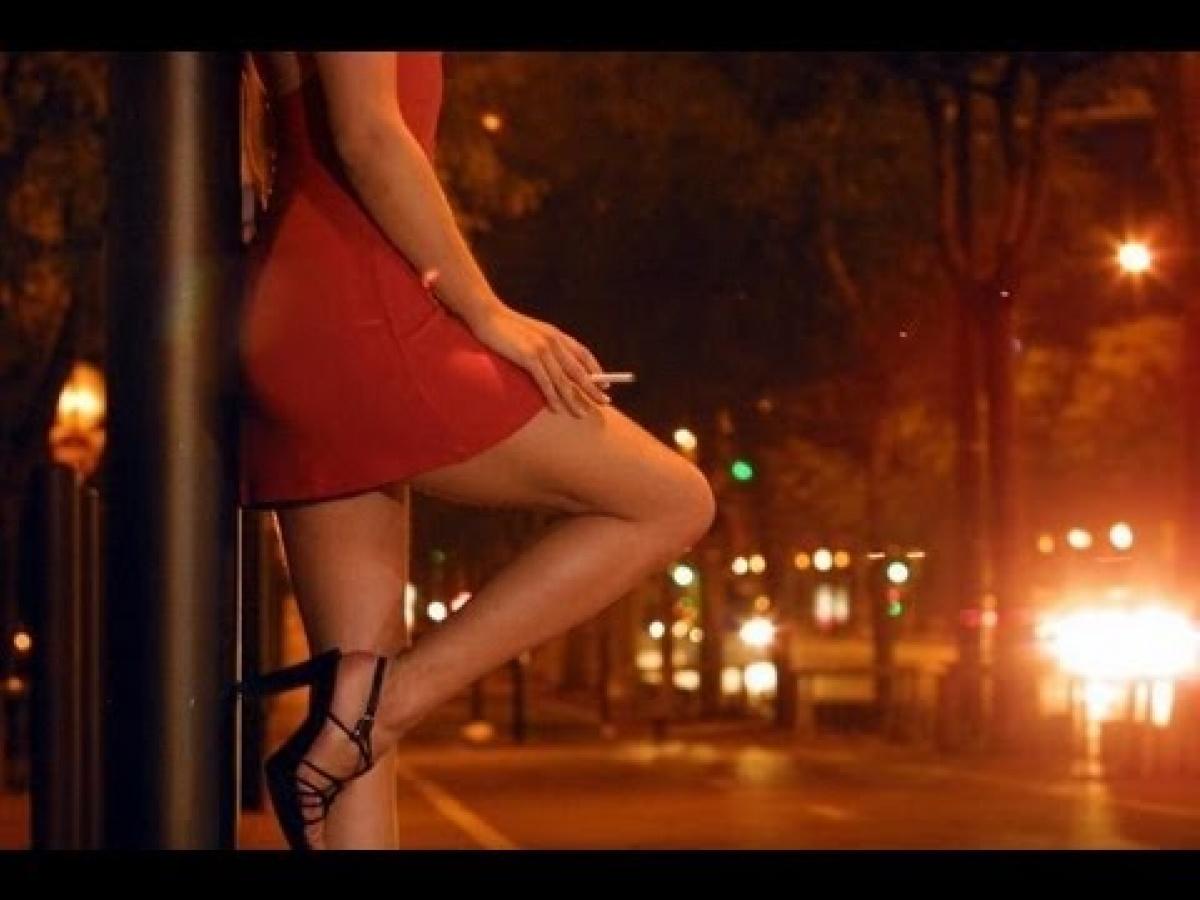 Страна в шоке! Несовершеннолетняя проститутка рассказала о связи с известным политиком!