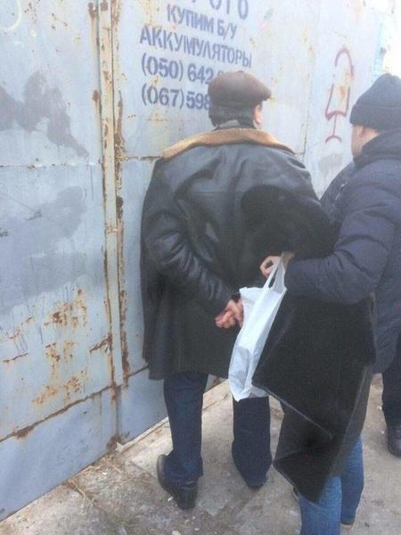 В Киеве задержали на взятке ректора института