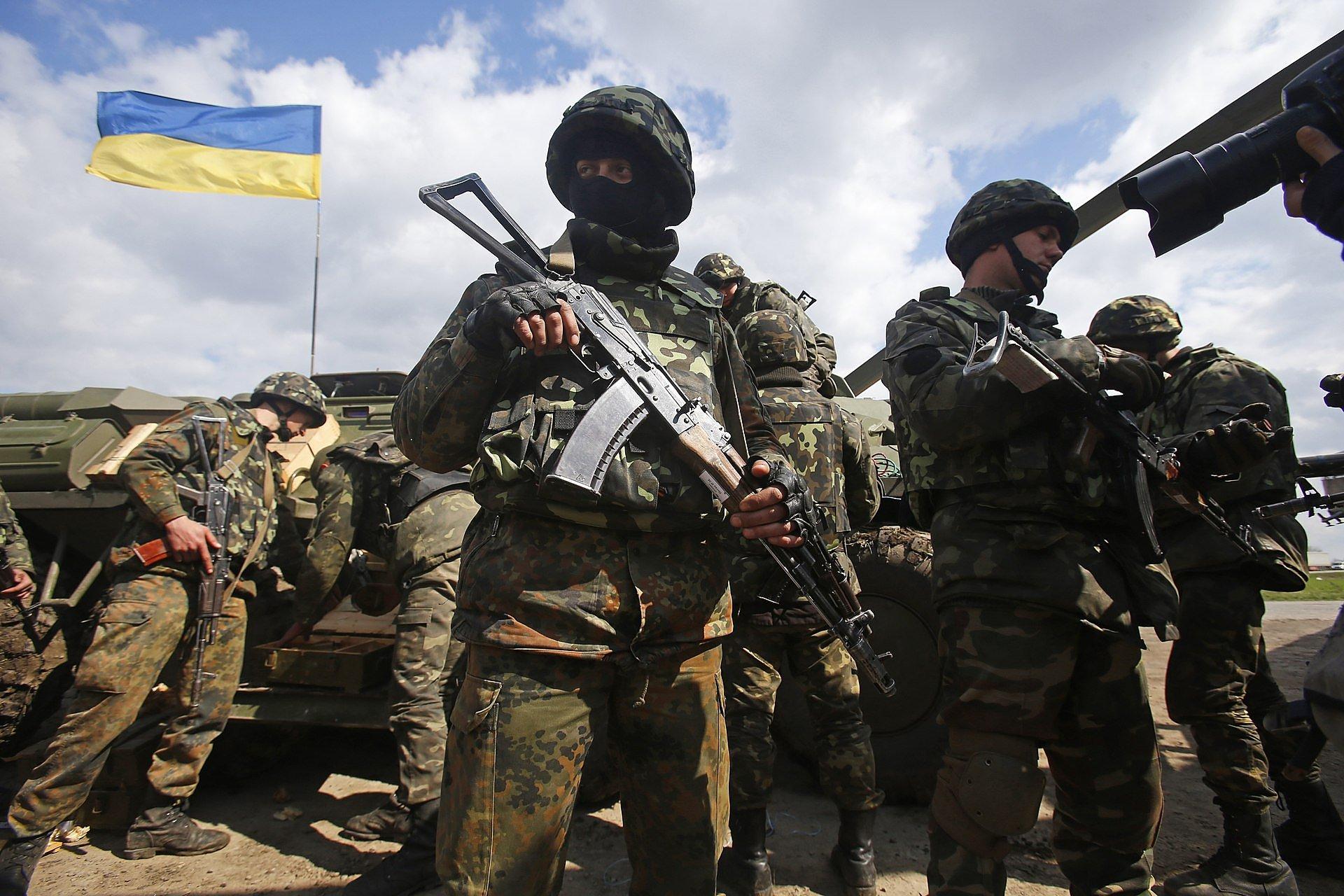 Служили в украинской армии: стало известно о смертельном конфликте иностранцев в зоне АТО