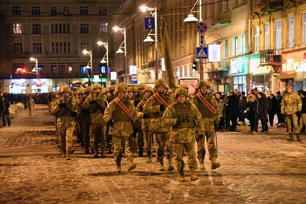 Во Львове состоялась репетиция парада к 25-й годовщине Вооруженных Сил Украины. Уникальные ФОТО, ВИДЕО