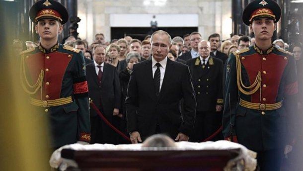 Какую выгоду Путин получит с убийства Карлова