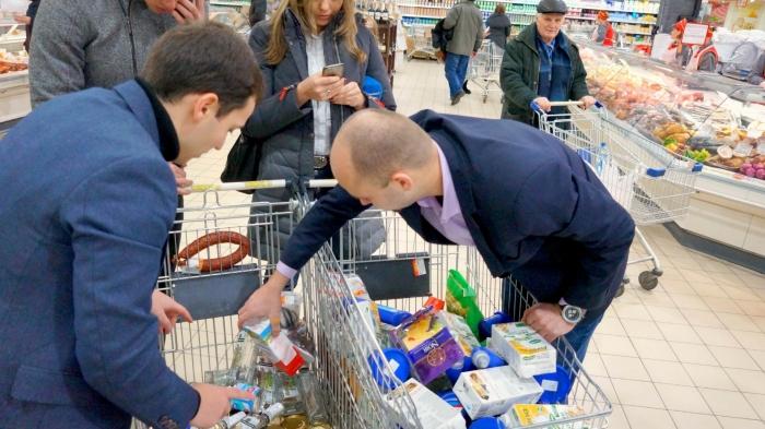 Будьте осторожны! Шокирующая правда, как нас обманывают супермаркеты в предновогодние дни (ФОТО, ВИДЕО)