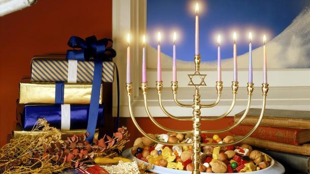 Как президент поздравил иудеев Украины с Ханукой