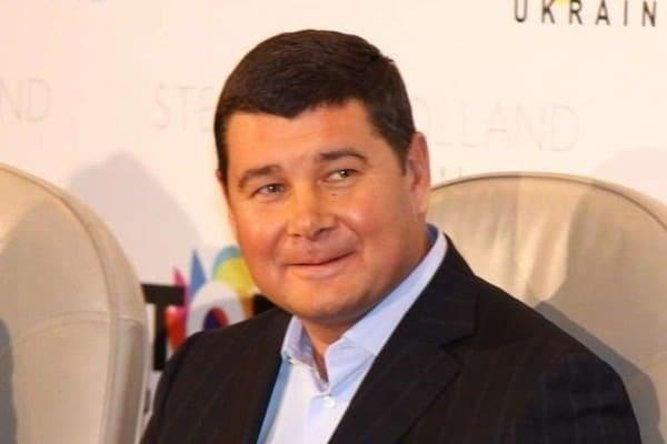Александр Онищенко признался в коррупционных преступлениях