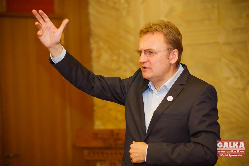 Садовый доигрался: депутаты угрожают скандальному мэру Львова отставкой