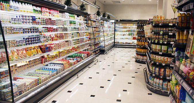 Не ходите в этот супермаркет: там покупателей жестоко обворовывают (ВИДЕО)