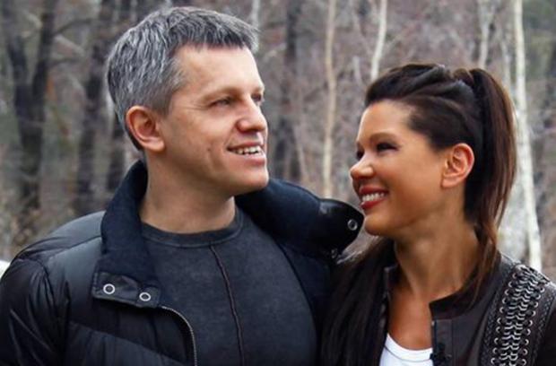 Совсем совести не имеют: теперь и Руслана с мужем будут развозить мусор по Украине