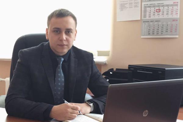 И это при зарплате в 35 тысяч грн: 24-летний прокурор задекларировал полмиллиона долларов