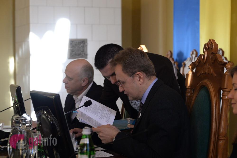 Львовский депутат Бичишин покинул Садового