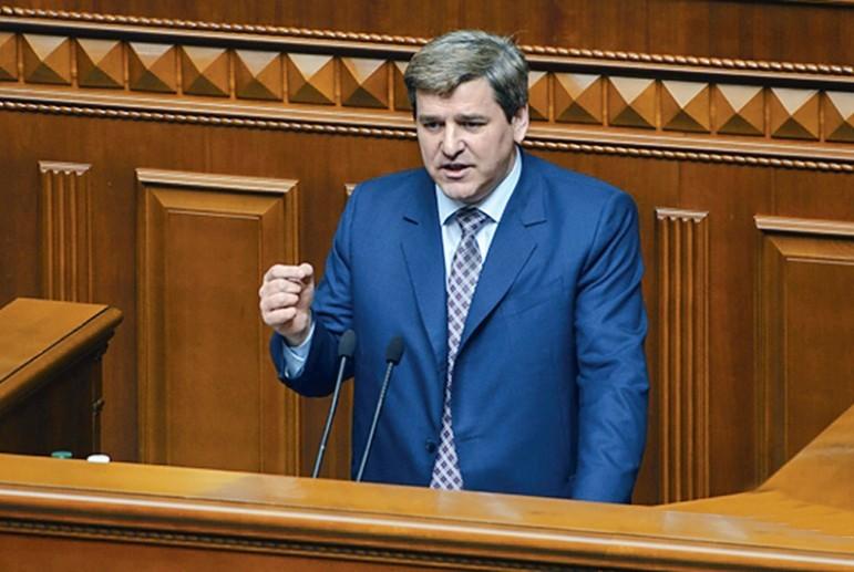 Нардеп Гусь: Кабмин должен обосновать повышение тарифов «Укрзализныци» на грузовые перевозки