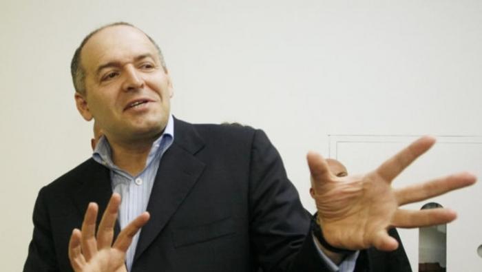 Пинчук предложил «пожертвовать» России Крым и Донбасс