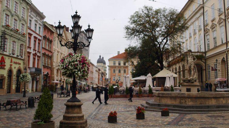 Во Львове разоблачили масштабную аферу с недвижимостью в центре города