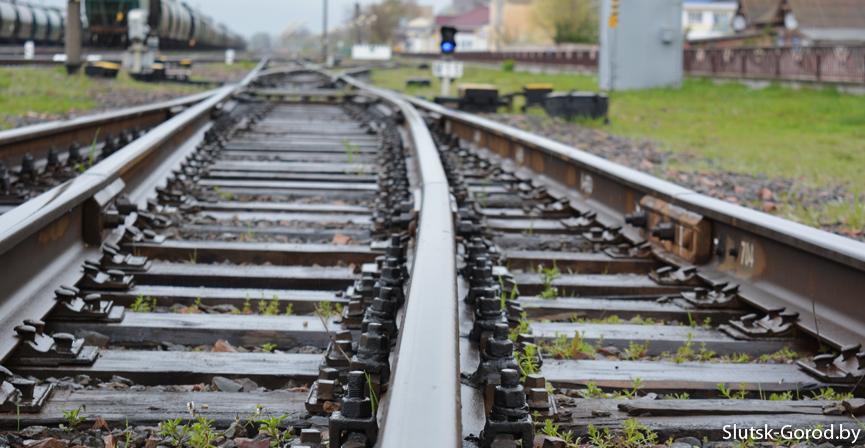 Ужасная смерть во Львове: студентку в наушниках сбил поезд (ВИДЕО). Тело пролежало на путях восем часов