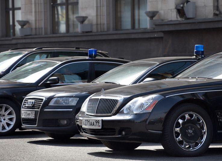 Автообновка для чиновников: нардепов пересадят на электромобили