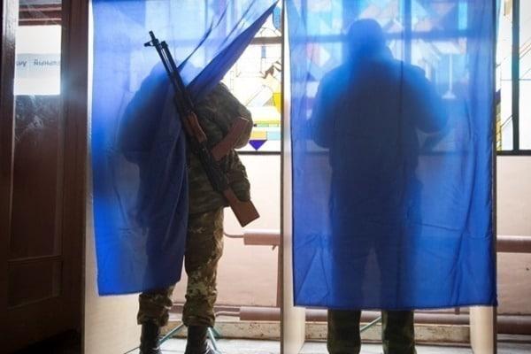 Админреформа на Донетчине: в Славянском районе скандалы перед выборами в общинах (видео)