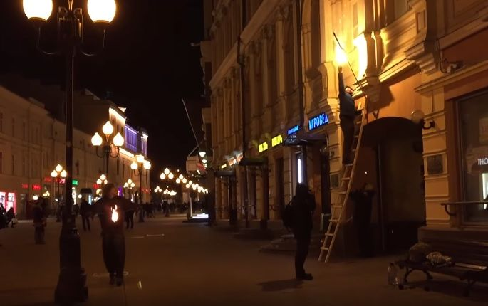 Осторожно. Жители напуганы, в Киеве на улицах появился извращенец, который жестоко избивает женщин.