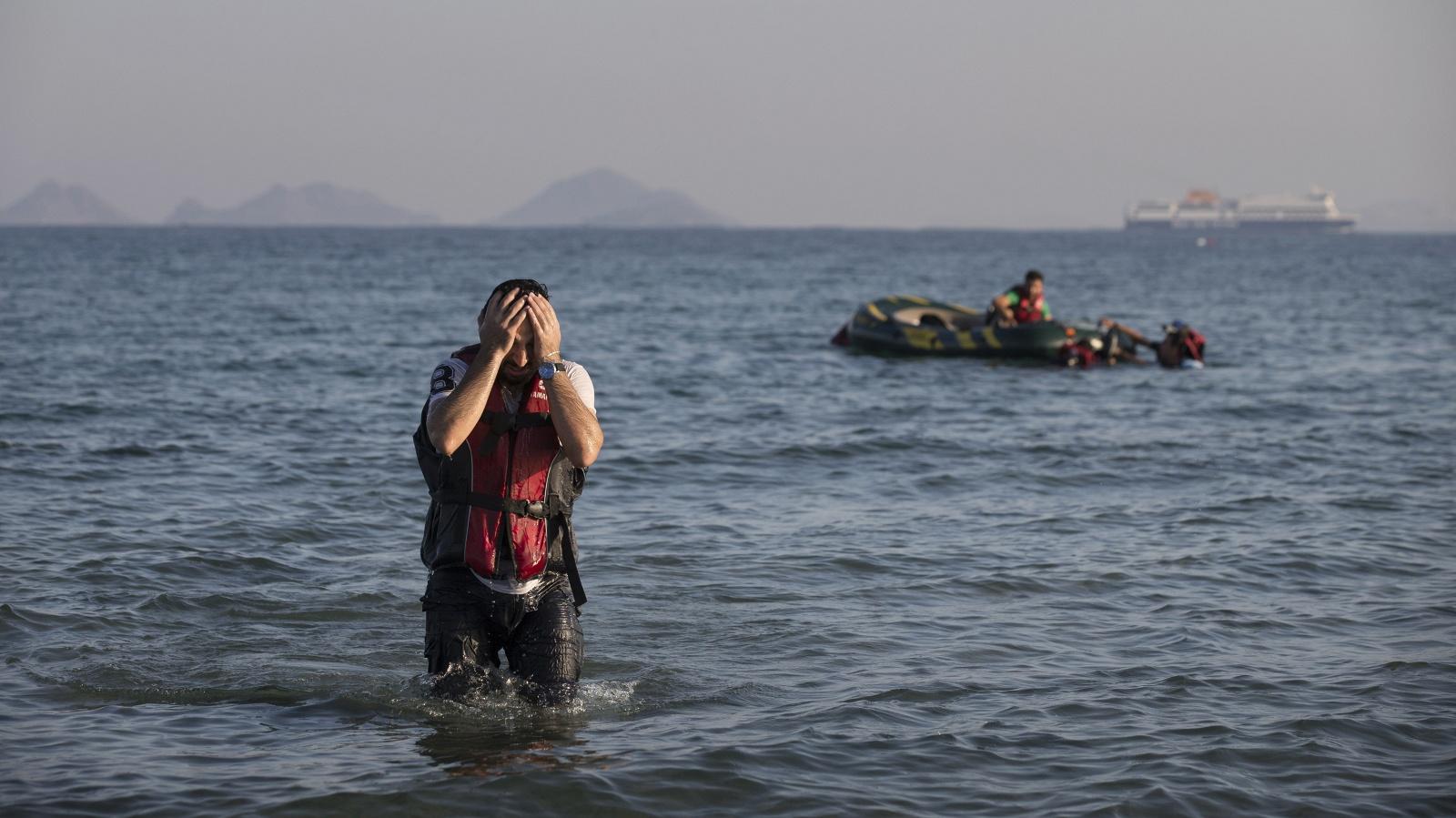 Около ста мигрантов пропали без вести в Средиземном море