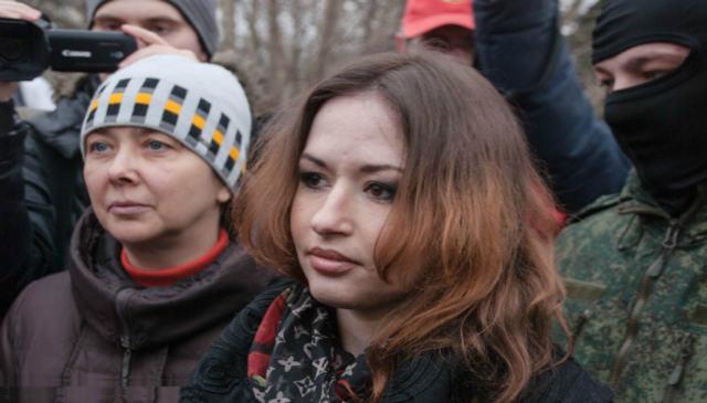 Экс-пленницу Сворак вывел из себя вопрос о ее внешнем виде во время обмена
