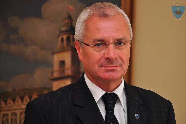 Персона нон-грата: городскому голове с Перемышля запретили въезд в Украину. Что он такого сделал?