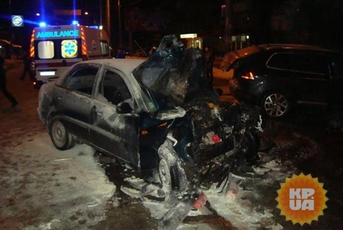 Автомобиль разорвало пополам. Стали известны подробности ДТП в Мариуполе, в результате которого погиб военный
