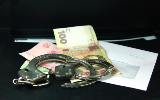 За регистрацию сельхозтехники чиновник требовал взятку