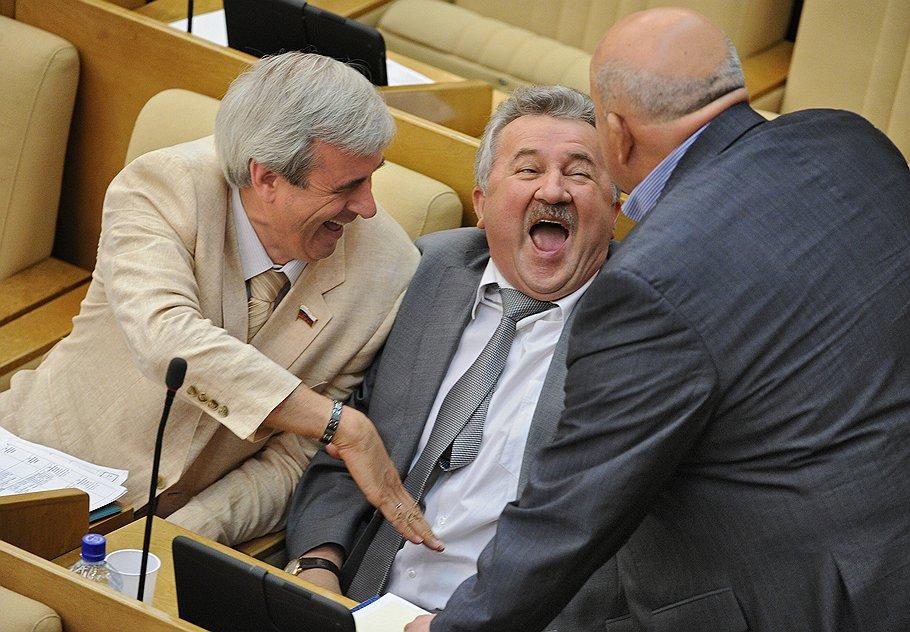 Новые налоги в Украине: теперь понятно зачем минималку сделали 3200