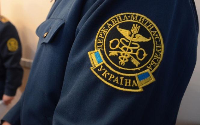 Попался: заместителя Львовской таможни задержали на взятке