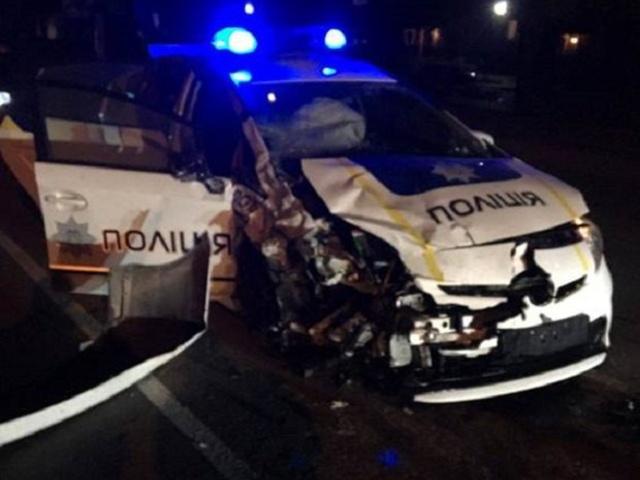 Кровавое ДТП: водитель случайно протянул полицейского по асфальту 5 метров