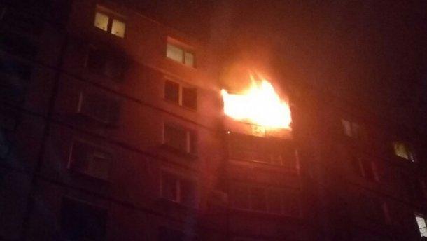 В страшном пожаре в Харькове погибла пожилая женщина (ФОТО, ВІДЕО)